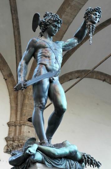 Persée, par Benvenuto Cellini (Florence, Loggia dei Lanzi)